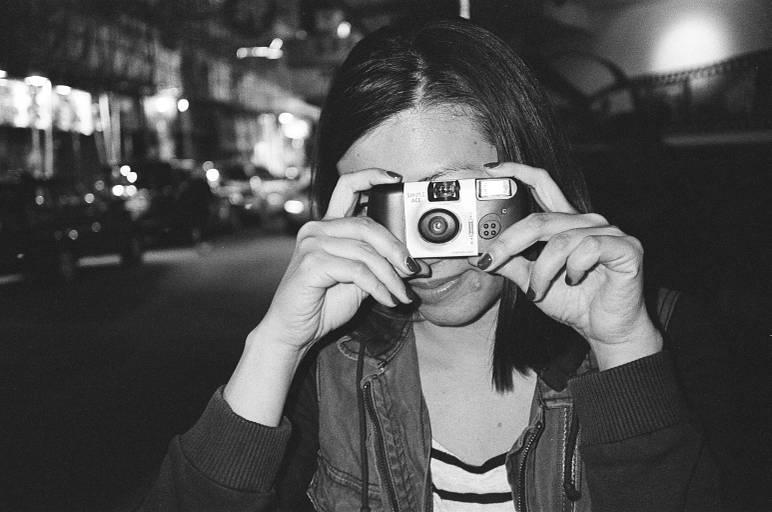 """กล้อง Yashica รุ่น """"T5"""